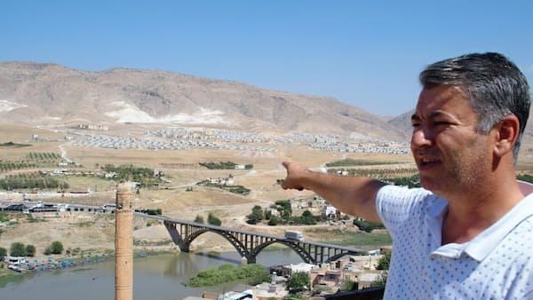 ダムに沈む1万年の古代都市、トルコ南東部 下流では渇水も