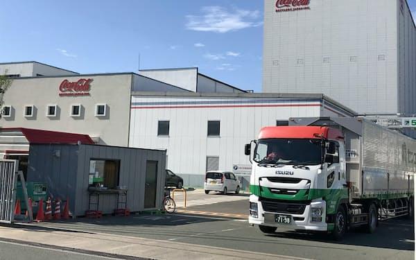 生産ラインの停止が続くコカ・コーラジャパン本郷工場(広島県三原市)