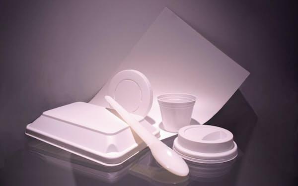 石灰石を主原料につくった使い捨て食器