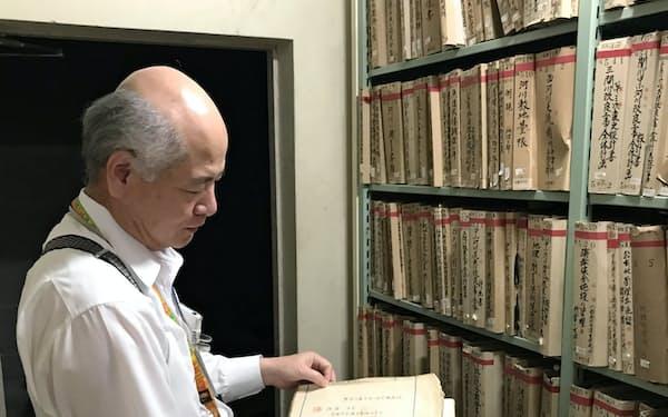 愛媛県は公文書を県庁内の書庫で保存管理する