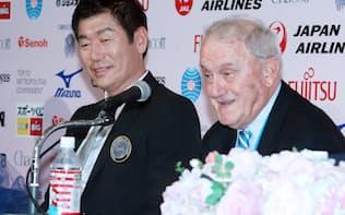 渡辺氏は国際体操連盟会長を務める(2016年10月の会長内定会見、東京都港区)