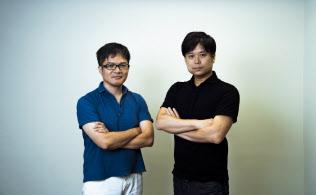 XTechの西條晋一CEO(右)とVC子会社の共同創業者になった手嶋浩己氏