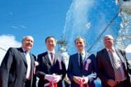 ガンマ線望遠鏡の完成式典に臨む梶田・東大宇宙線研究所長(左から2人目、同研究所提供、撮影は名古屋大学の奥村暁氏)