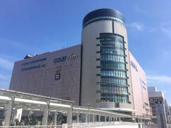 井筒屋が来年2月の撤退を決めた小倉駅前の商業施設「コレット」(上層階は別施設)