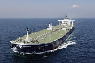 造船大手ジャパンマリンユナイテッドが建造した大型タンカー