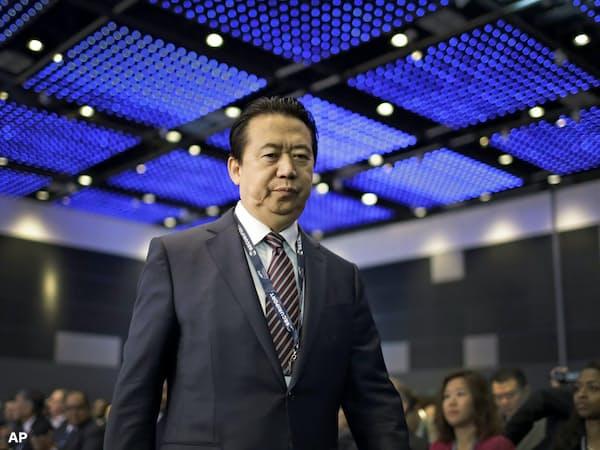 ICPO総裁だった孟氏は9月下旬に一時帰国した際に中国当局に拘束された。そのやり方自体が中国は法治国家なのかという疑問を浮上させている=AP