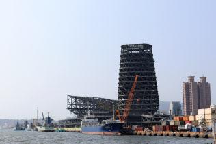 台湾は貿易での国際的な存在感向上を狙う(9月、南部の高雄港)