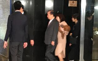 自民党の二階幹事長(17日午前、東京・港)