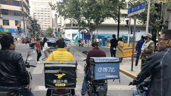 中国ネット出前勢力争い アリババVS.テンセント