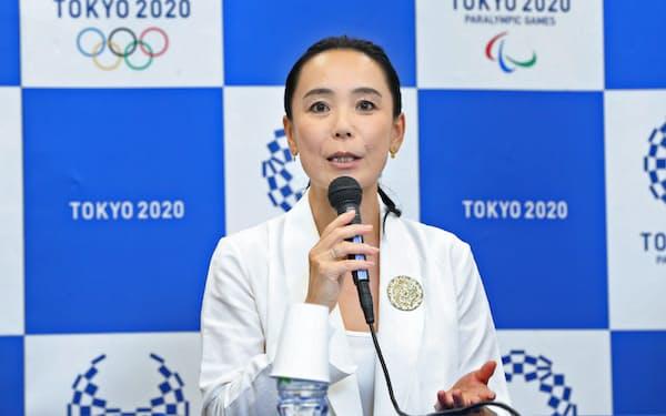 2020年東京五輪の公式映画監督に就任し、記者会見する河瀬直美さん(23日午後、東京都港区)