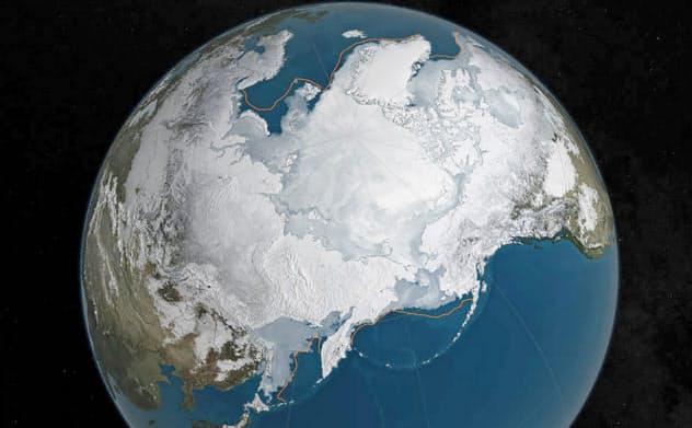 温暖化で北極の氷が解け、海面上昇が起きると考えられている=ロイター