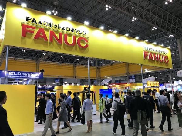 ファナックの業績は米中両国の設備投資動向を映すとされる(国内で開かれた見本市)