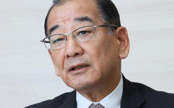 よしまつ・たみお 1947年山口県生まれ。69年関西大学経済学部卒、近畿コカ・コーラボトリング(現コカ・コーラボトラーズジャパンホールディングス)入社。近畿コカ社長など経て、2018年から現職。
