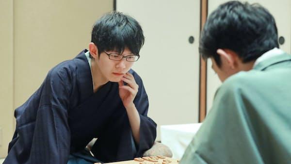 斎藤新王座が誕生 3勝2敗で初タイトル、将棋王座戦