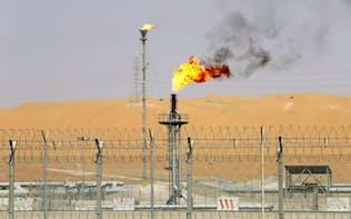 サウジアラビアの油田(2018年5月)=ロイター