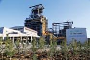 ポスコは戦後の賠償資金を元に設立された(ポスコの浦項製鉄所)