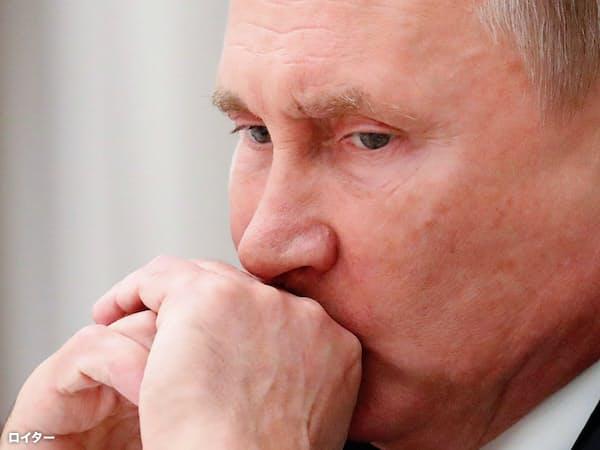プーチン大統領の工作に欧米は身構える(10月23日、モスクワ)=ロイター