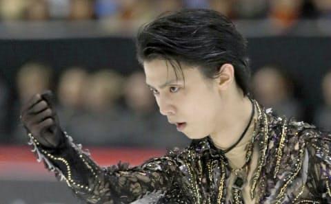 フィンランド大会男子フリーで演技する羽生。新ルールでも変わらず強いだろう=共同