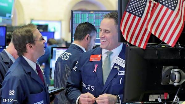 米中間選挙、市場は株高予想で先走り