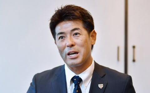 日米野球に臨む日本代表を「経験のある選手と若手の融合チーム」と稲葉監督