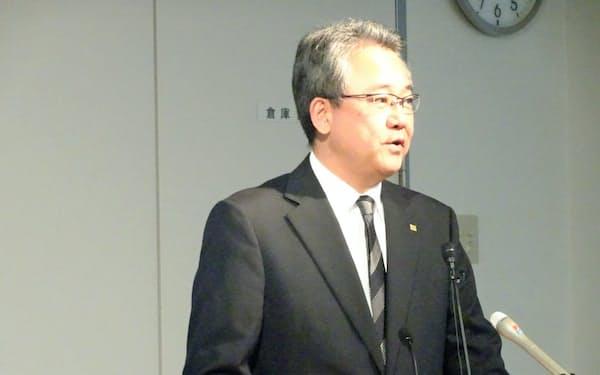 森谷浩一社長は「新しいパイオニアの姿を1日も早く示したい」と話した(7日の決算説明会)