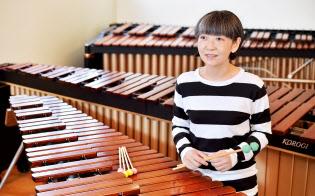 木琴の魅力について語る通崎睦美