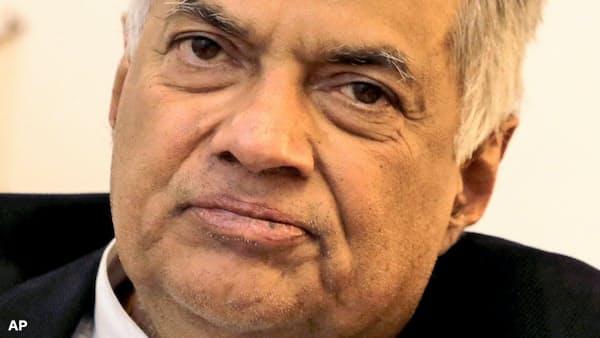 スリランカ議会、大統領指名の「新首相」を認めず