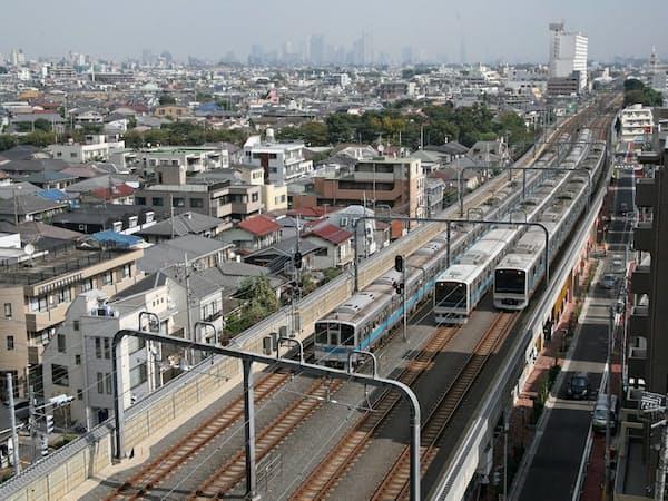 小田急の複々線完成区間(経堂~千歳船橋)
