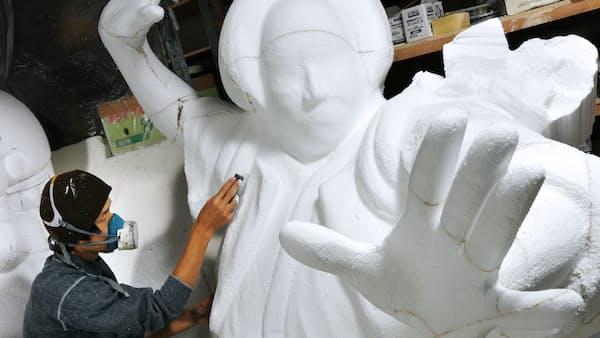 道頓堀へ 巨像続々 ポップ工芸の立体看板(もっと関西)