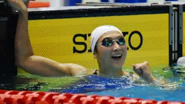 池江、100自で日本新 競泳の北島康介杯