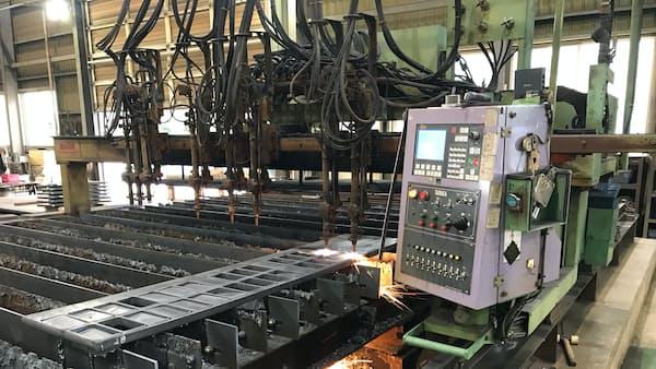 東京製鉄、厚板を1トン2000円値上げ