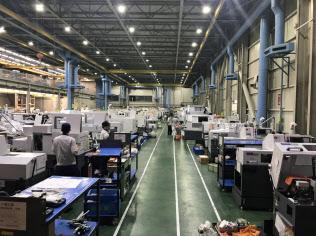 工作機械受注に米中摩擦が影を落とし始めた(国内大手工作機械メーカーの工場)