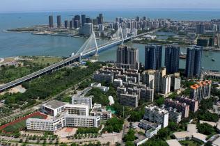南部の海南省で新設した自由貿易区では規制緩和を大幅に進める計画だが…(海口市)=ロイター