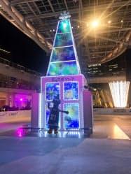 樹脂でできた「豊田合成リンク」の開業イベントが開かれた(22日、名古屋市)