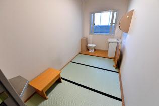 2018年6月に報道公開された東京拘置所の単独室