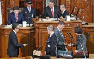 本会議で投票する衆院議員