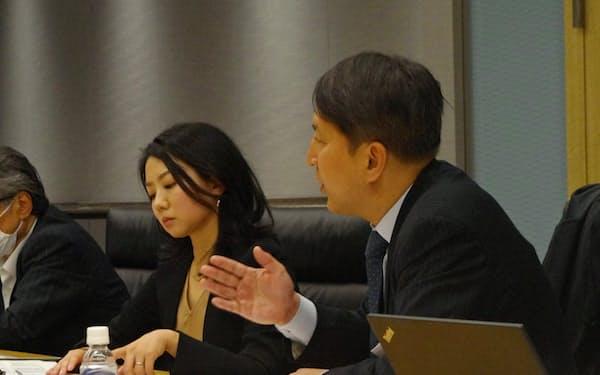 倒産手続きのIT化の実現に向け、専門家による研究会で検討が始まった(11月、東京都内)