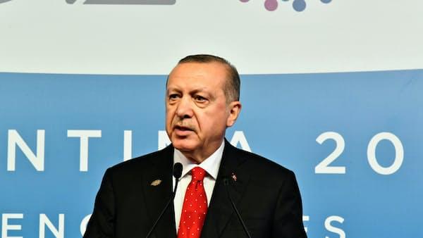 トルコ大統領、サウジを非難 「捜査に協力せず」