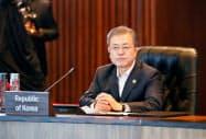 韓国の文在寅(ムン・ジェイン)大統領は元徴用工訴訟の判決後に初めて日韓関係に言及した=ロイター