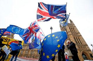 英国のEU離脱の行方は混沌としている=ロイター