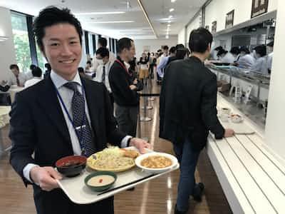 内閣府で人気の「ベジランチ」(写真でみる永田町)