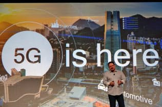 米クアルコムは開発者会議を開催し、次世代通信規格「5G」に対応したスマートフォン(スマホ)向け半導体を発表した