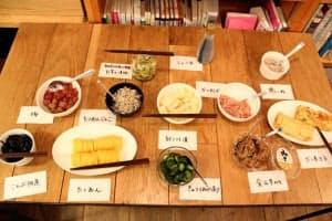 和歌山市内で開催された茶粥の食べ比べイベントで提供された付け合わせ