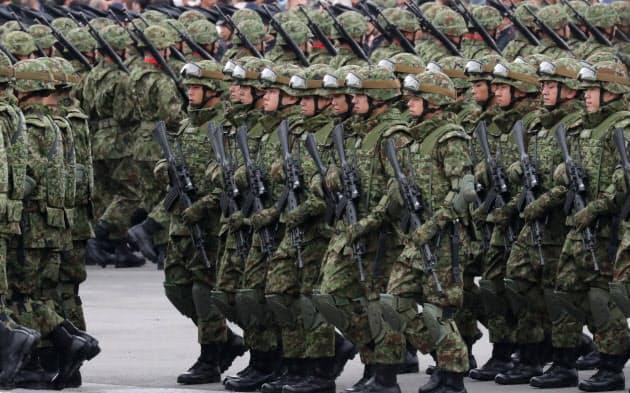 自衛隊、陸海空の統合強化へ新組織 与党が大筋了承