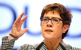 CDU新党首に決まったクランプカレンバウアー氏=ロイター
