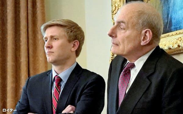退任するケリー首席補佐官(右)と後任候補のエアーズ氏=ロイター