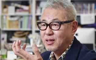 こう・ひろき 1958年大阪・岸和田生まれ。「ミーツ・リージョナル」の創刊に携わり、12年間編集長を務めた。2006年に編集集団「140B」を共同で設立。京阪神の食や街、文化に関する書籍を中心に編集する傍ら、自著も多数。