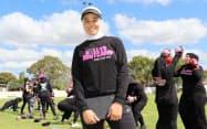 女性向けのトレーニングを行うダラル・カラ・ハサンさん(シドニー)
