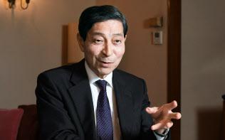 元日本債券信用銀行頭取の東郷重興氏