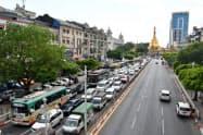 ロヒンギャ問題などの影響で、ミャンマー経済には陰りがみられる(13日、ヤンゴン市内)